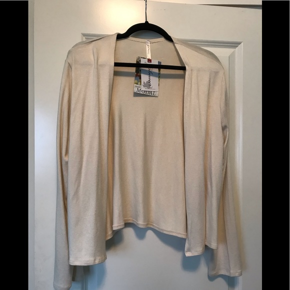 NEW Gilmour Crop Cream Cardigan